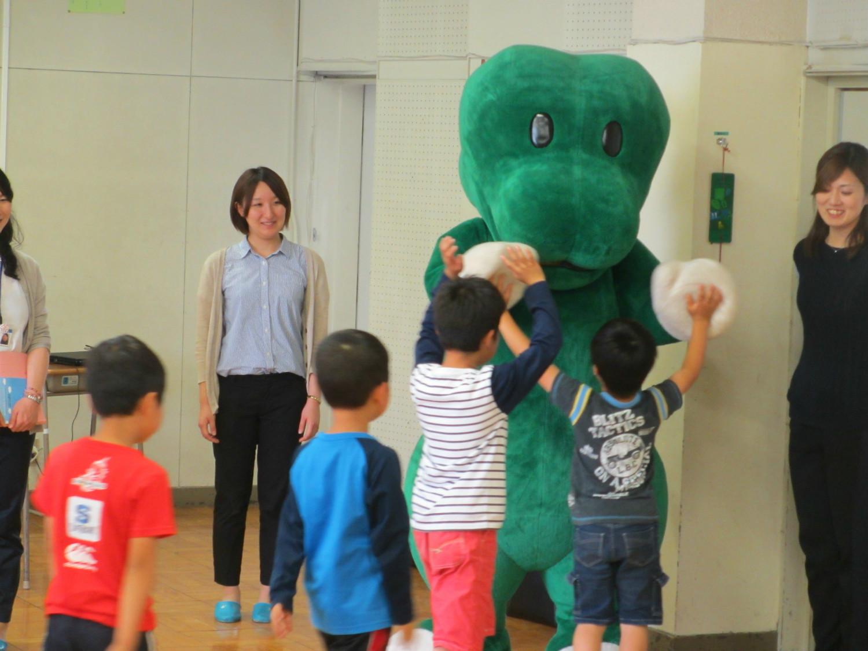 宮崎県産ピーマンの食育授業に参加しました。