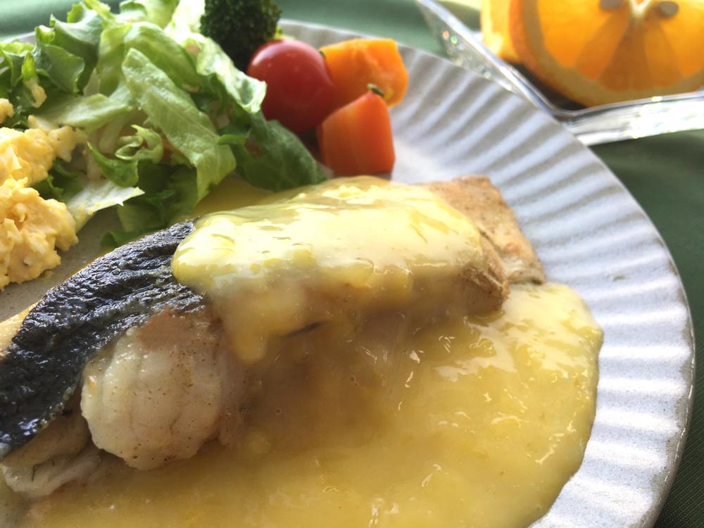 白身魚のムニエル 八朔バターソース