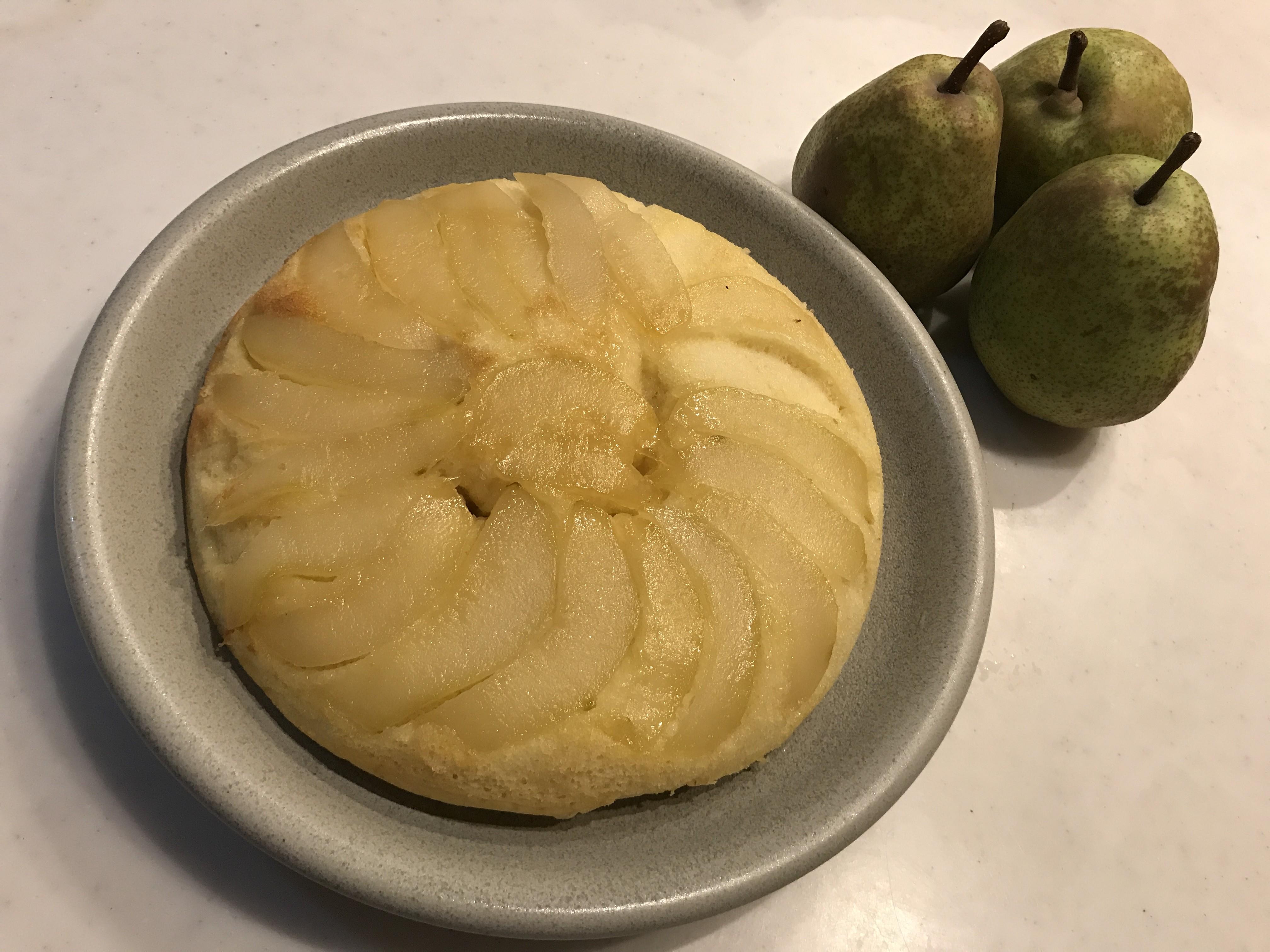 洋梨で作る簡単ケーキ