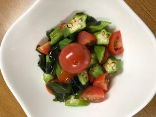 オクラとミニトマトのサラダ